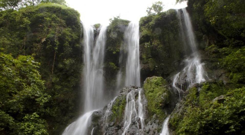 Hathni Mata Waterfall Near Champaner Halol Vadodara